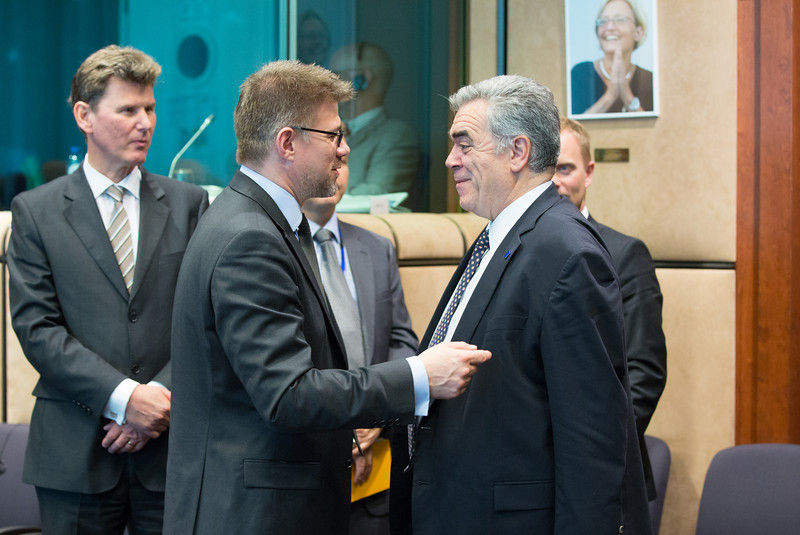 From left: Ambassador Thorir Ibsen, Mission of Iceland to the European Union; Mr Gunnar Bragi Sveinsson, Minister for Foreign Affairs of Iceland; and  Mr Dimitris Kourkoulas, Deputy Minister for Foreign Affairs of Greece, representing the Presidency of the Council of the European Union.