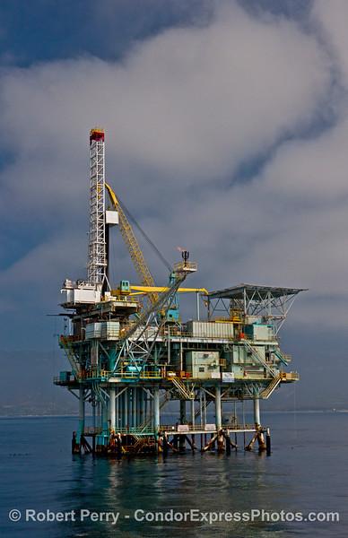 Offshore oil platform Henry