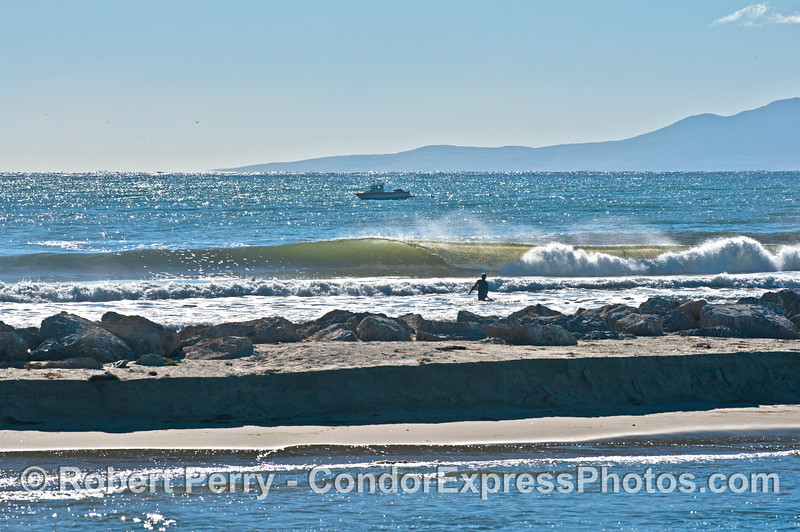 Offshore winds and a nice little swell at The Sandspit, Santa Barbara Harbor.