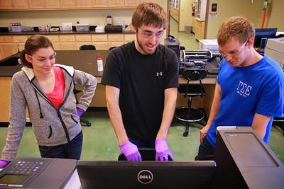 Science Class Lab Spring 2014