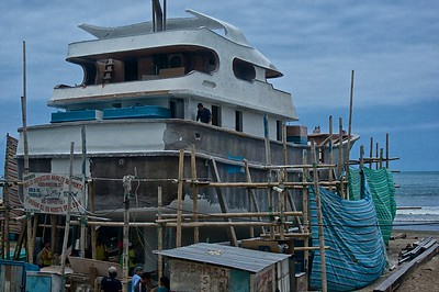 Sardine boat building