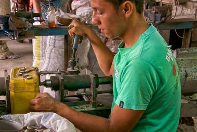 Tugua nut button factory