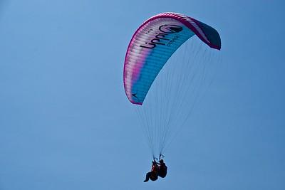 Parque del Amor Hang Gliders