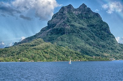Mt. Otemanu