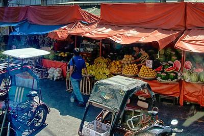 Quiapo Bridge Market
