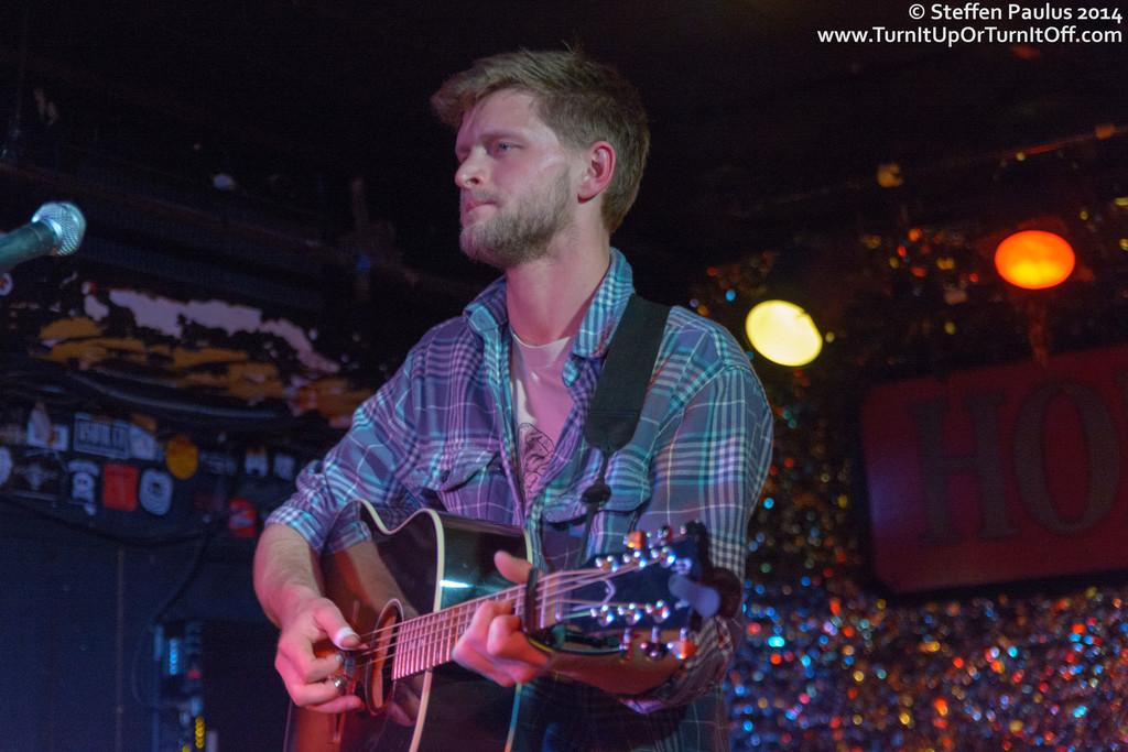 Tim Moxam @ Horseshoe Tavern, Toronto, ON, 4-April 2014