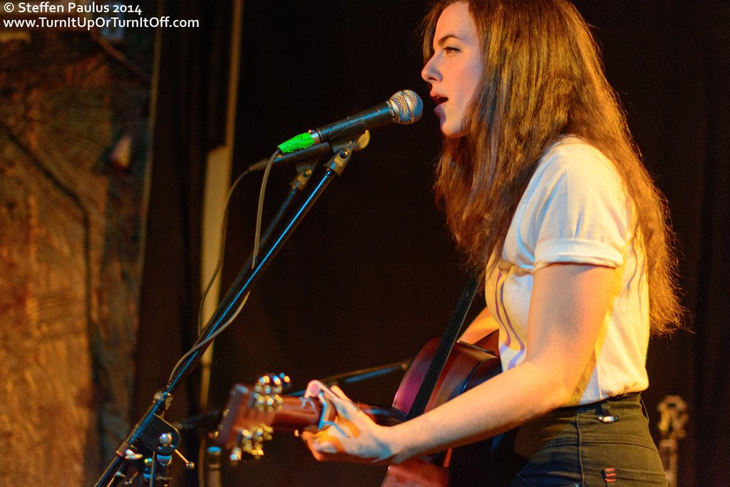 Raven Shields @ Cameron House, Toronto, ON, 29-May 2014