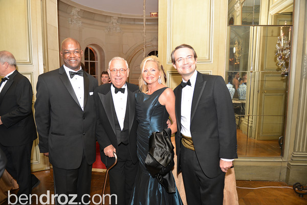 45th Annual Meridian Ball, Meridian House, October 18, 2013, Photo by Ben Droz .