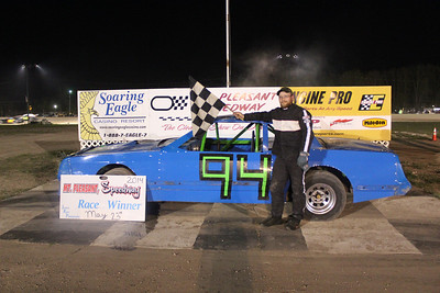 Feature winner #94 Dennis Parker