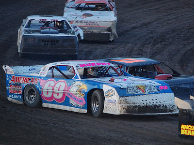 #69 Nate Murphy, #11 Josh Loomis and #26 Justin Giddings