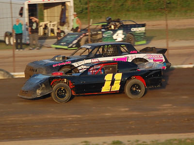#11 Josh Loomis and #711 Chris Wiggins