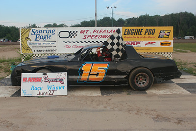 Heat race winner #15 Jay Harnick