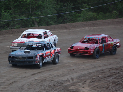 #711 Chris Wiggins Jr., #1 Chad Tomczak, and #27 Calvin Jacques