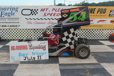 Heat race winner #54 Bud Schrader