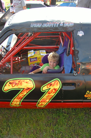 Little fan sitting in #71 Scott Boyd's car
