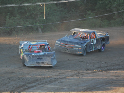 #11 Josh Loomis and 4 George Wease