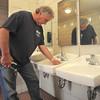 MET042814 parks sinks