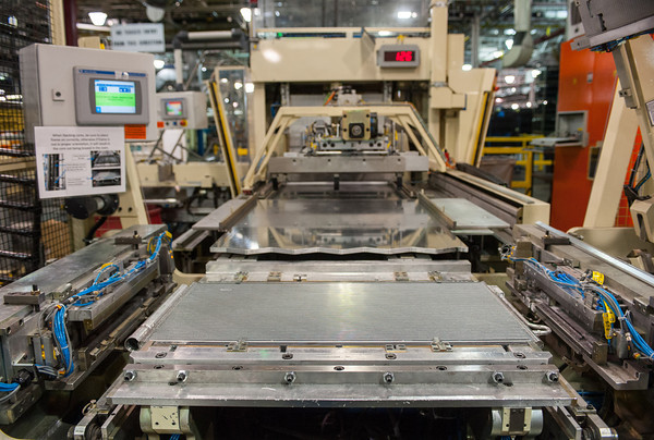 140418 GM JOED VIERA/STAFF PHOTOGRAPHER-Lockport, NY-A machine assembles GM radiator units at the General Motors Harrison Radiator Division plant April 9, 2014.
