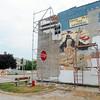 MET080714dana mural
