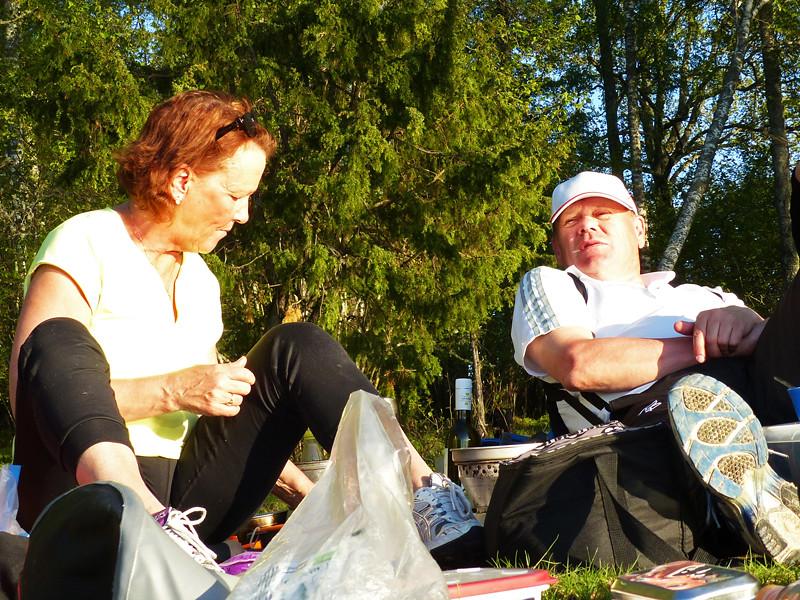 Solveig och Berndt i eftermiddagssol