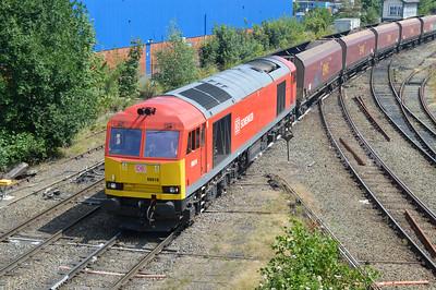 60010 1239/6F38 Warrington-Liverpool passes Warrington Arpley sidings.