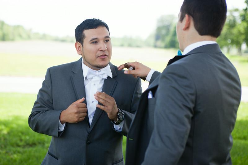 0245-Cary Theron Julio Coronado w0036
