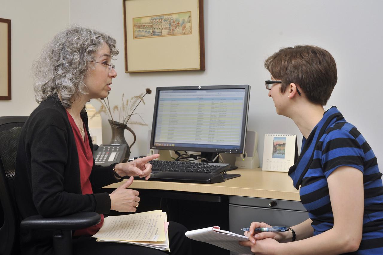 Dean Raima Evan advising Katherine Marcoux '14