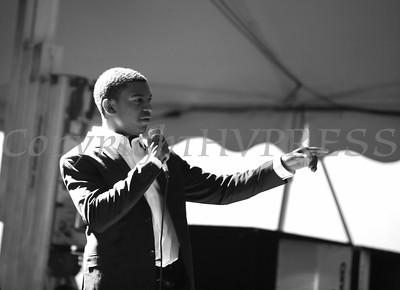 Avery Cole of The Voices of Glory, belts out a solo at the 26th Annual International Festival held over the Labor Day Weekend in the City of Newburgh. Hudson Valley Press/CHUCK STEWART, JR.