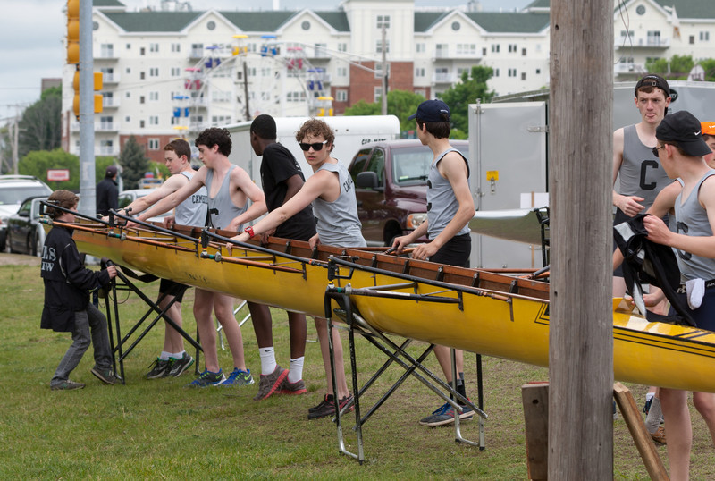 Boys Novice Eight, boat back in sling