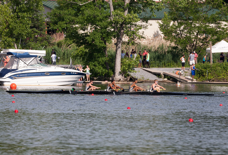 Boys 2V racing (heat), approaching the finish line