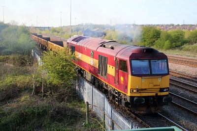 60065 1805/6B04 Toton-Flitwick passes Long Eaton Footbridge.