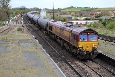 66085 1200/6m00 Humber-Kingsbury tanks pass Barnetby.
