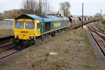 66595 1230/6m16 Immingham-Ratcliffe passes Barnetby.