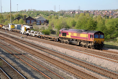 66100 1723/6B03 Toton-Flitwick passes Long Eaton Footbridge.