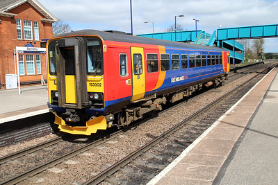 153302 on a Lincoln-Grimsby service at Barnetby.