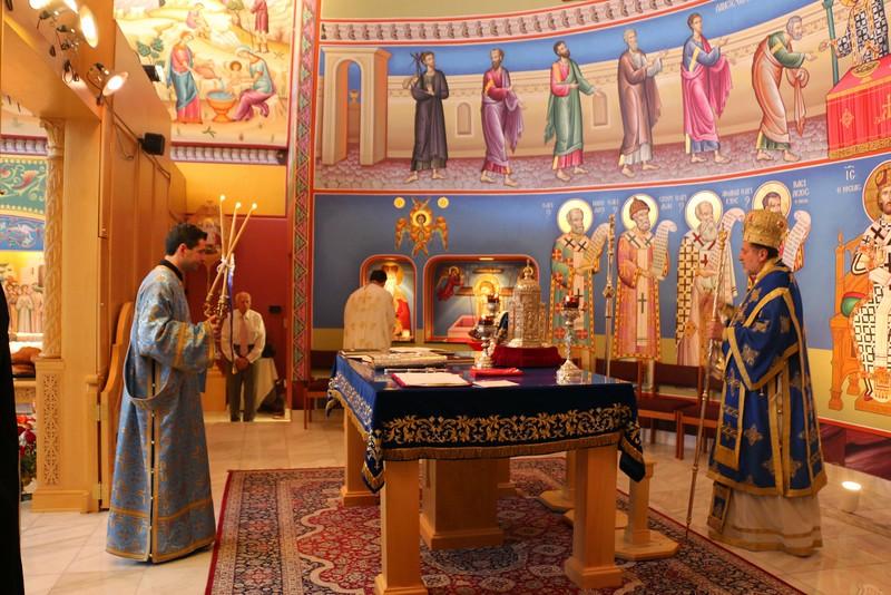 Dormition Liturgy 2014 (2).jpg