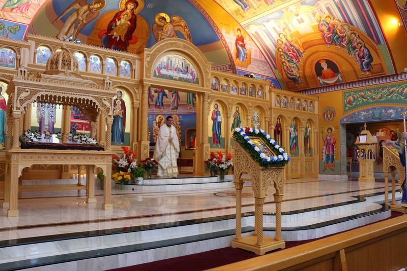 Dormition Liturgy 2014 (8).jpg
