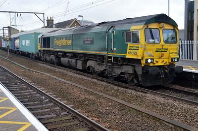 66592 1204/4m88 Felixstowe-Crewe.
