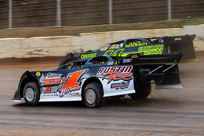 Riley Hickman (R1) and Chris Madden (44)