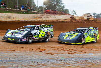 Shane Clanton (25) and Chris Madden (44)