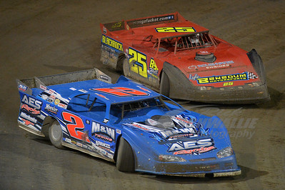 Dennis Franklin (2) and Mike Benedum (25)