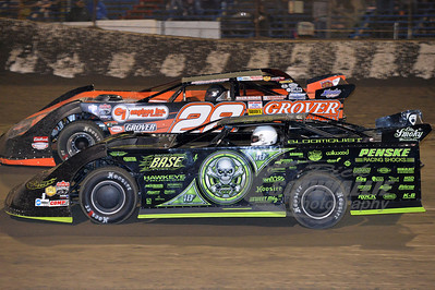 0 Scott Bloomquist and 28 Eddie Carrier, Jr.