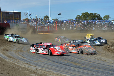 Heat race action on Saturday
