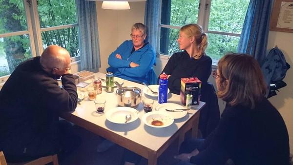 Första kvällen Kjell, Anita, Jeanette o Alice