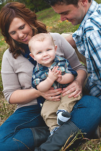 The Lander Family  visit www.facebook.com/daniellabeanphotography to see more family sessions