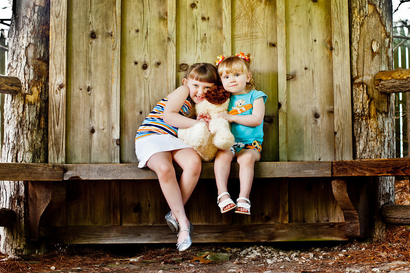 The Snider Family<br /> <br /> contact danielle at 740.252.1779 for more info on family sessions