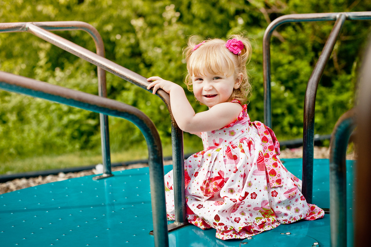 "The Snider Family<br /> <br /> view more family sessions at<br />  <a href=""http://www.facebook.com/daniellabeanphotography"">http://www.facebook.com/daniellabeanphotography</a>"