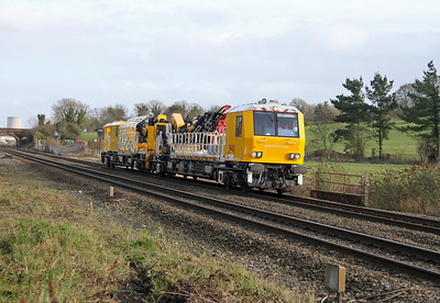 99 70 9131 005 9 Electrification Train Steventon 08/02/14