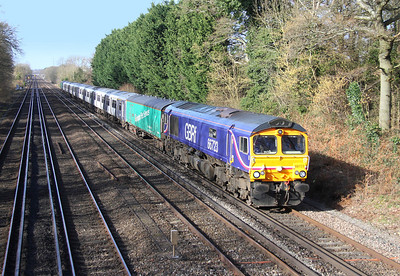 66723 Old Basing 26/02/14 5L17 Eastleigh to Ilford with 317714 and 317729