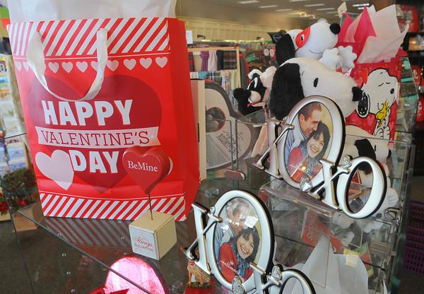 MET020714 valentines gifts